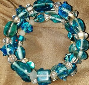 Memory-Wire-Wrap-Bracelet-With-Light-Blue-Color-Toned-Glass-Beads-Handmade