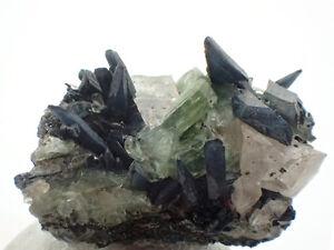 4918-Ludlamit-Vivianit-ludlamite-vivianite-Big-Fish-mineraux-Yukon-Kanada-Canada