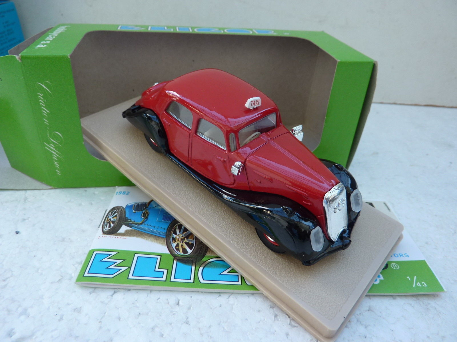 ELIGOR 1 43 CAR DIE CAST PANHARD DYNAMIC SEDANS 1937 RED 1006