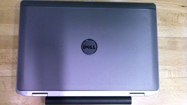 Dell Latitude E6430 14in  (320GB, Intel Core i5 3rd Gen , 2 6GHz, 4GB)  Notebook/Laptop - Brushed Aluminum - E643008691211PC