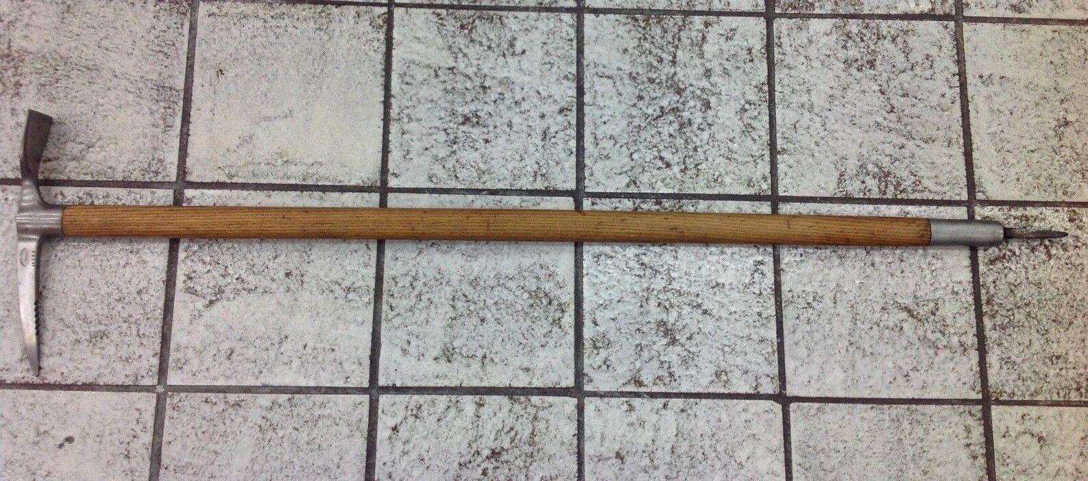 Fine antique ice axe year Swiss Prima 41,75 inch Schweiz