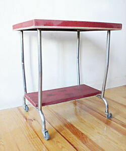 TABLE-DESSERTE-A-ROULETTES-STRUCTURE-METAL-CHROME-VINTAGE-LOFT-DESIGN-INDUSTRIEL