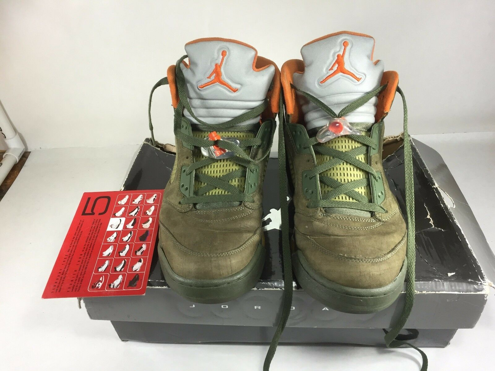 Jordan Retro V LS 5 Army Olive Solar Orange Black Size 13  (DAMAGE SNEAKERS)