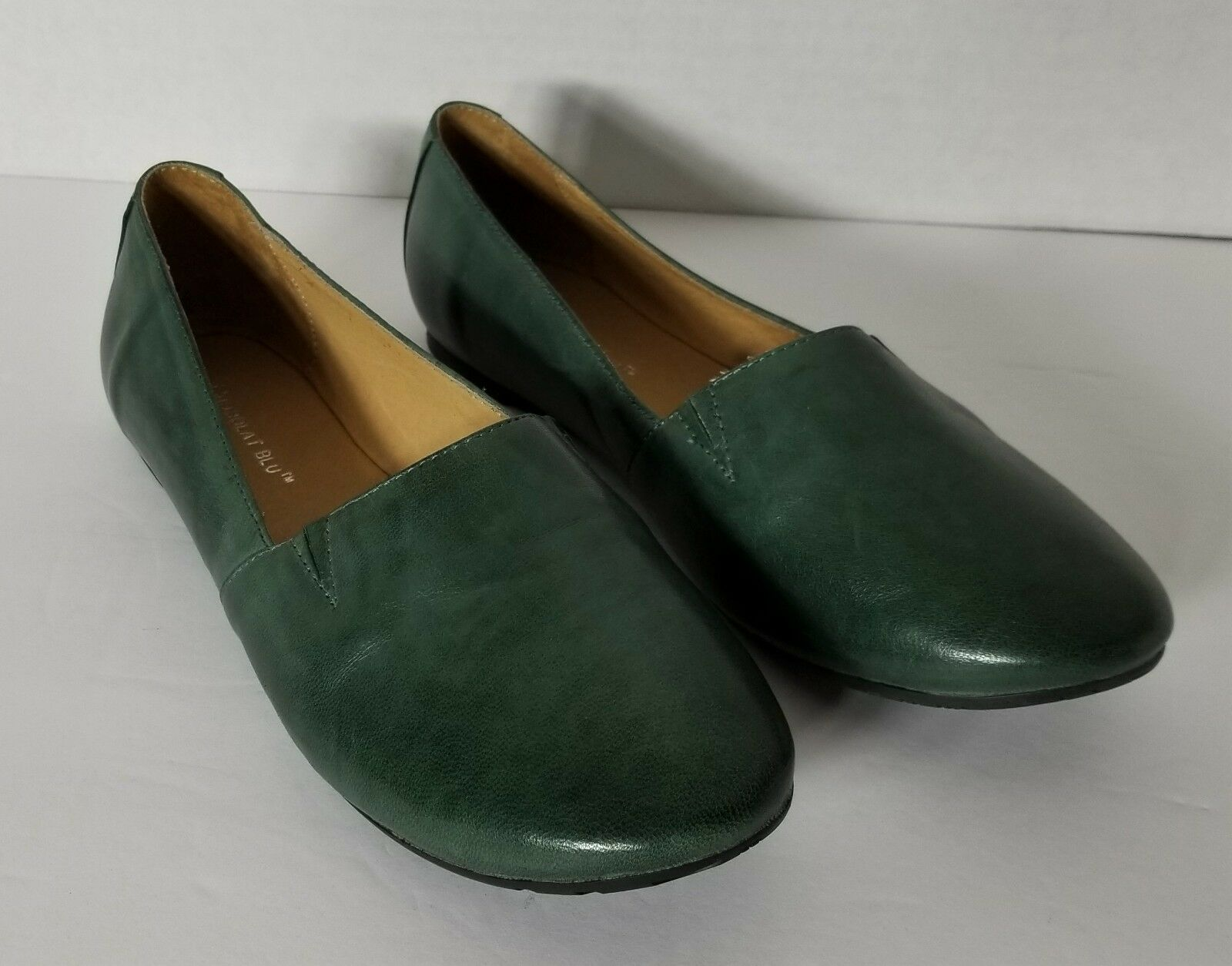 Chocolat blue Alexa Flats Forest Green Leather Size 6.5