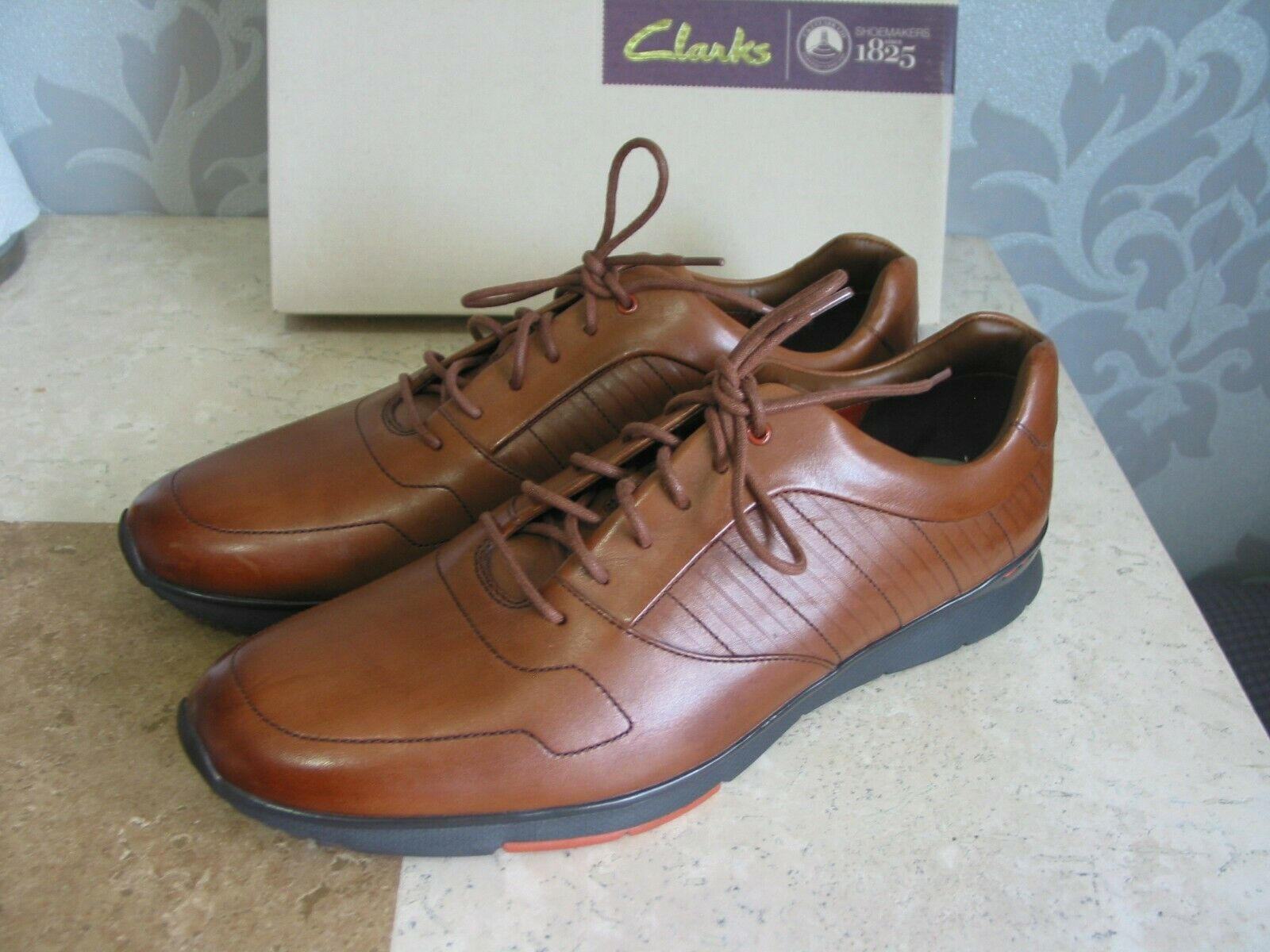 NEW MENS CLARKS TYNAMO RACE TAN BROWN LEATHER CASUAL SHOES UK SIZE 9 & 10.5 & 12