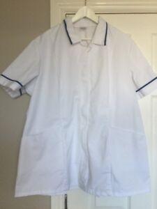 BNWT Alexandra HE171 Women/'s Nurse Carer Tunic White /& Blue Trim Size 10