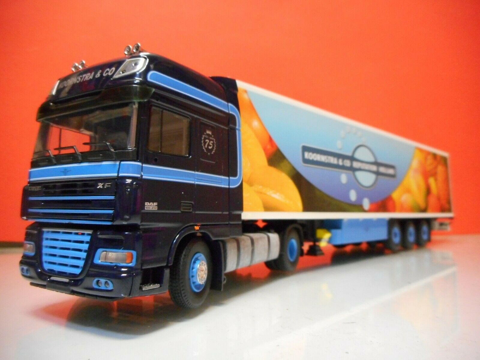 TEKNO 54230 DAF XF 105 SUPER SPACECAB WITH FRIDGE TRAILER KOORNSTRA