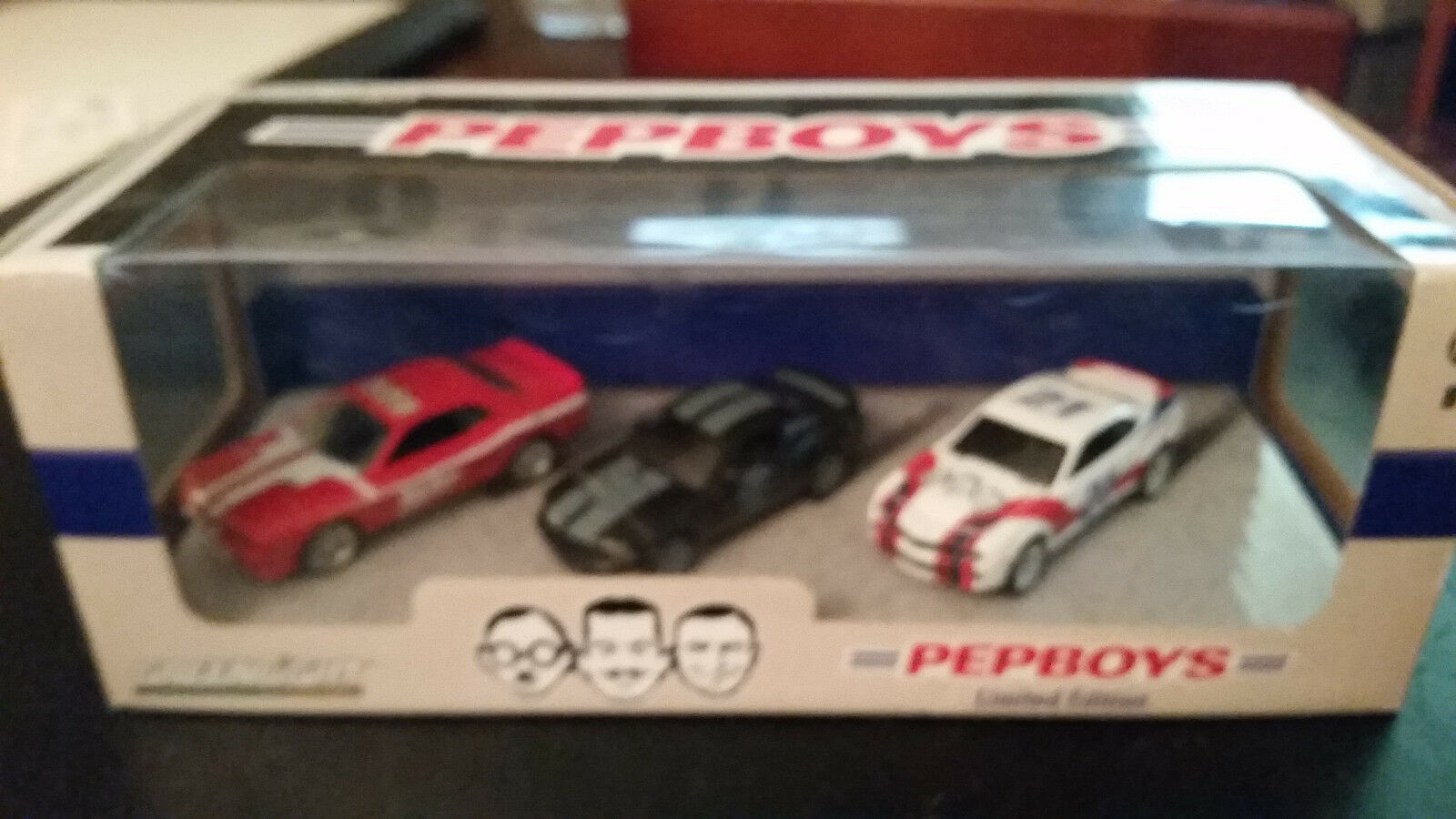 verdelight Collectibles Pep Boys Limited Edition 3 2012 Challenger Mustang Camar