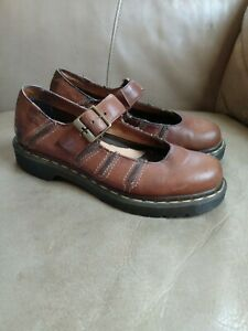 Dr. Doc MARTENS women's 7 Brown Leather
