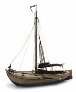 Artitec-50-105-Botter-Traditionelles-Fischerschiff-Spur-H0-1-87-Schiff-Bausatz