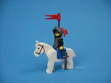LEGO Castle Knight Minifig Breastplate Black Torso Helmet Visor w/Horse 6034