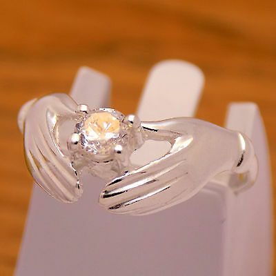 Elegant Gently Solid 925 Sterling Silver Lovely Cute Hands Design White CZ Ring