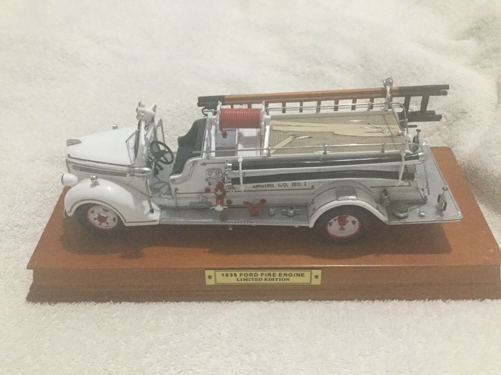 Franklin Mint Ford Fire Engine Limited Edition