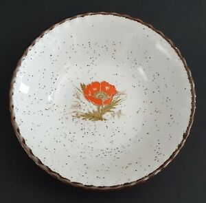 Japanese-Stoneware-Poppy-Bowl-Made-in-Japan-Flower-Center-Brown-Speckles-Rim
