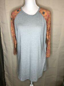 LuLaRoe Randy Baseball Style Tee Size L 3//4 sleeves Gray w// Green Flower NWT