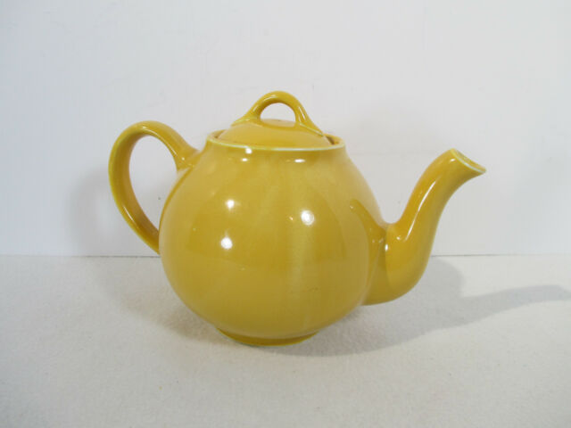 Lipton Tea Bright Yellow Teapot Vtg Hall China Advertising Round Holds 4 Cups
