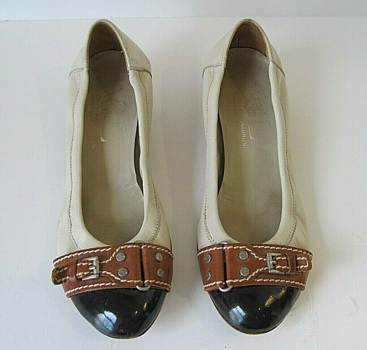 Attilio Giusti Leombruni AGL Camel Leather Black Cap Toe Pumps Front Buckle 40