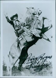 Roy Rogers and Trigger Signed 5x7 Photo The Roy Rogers Show JSA Authenticated