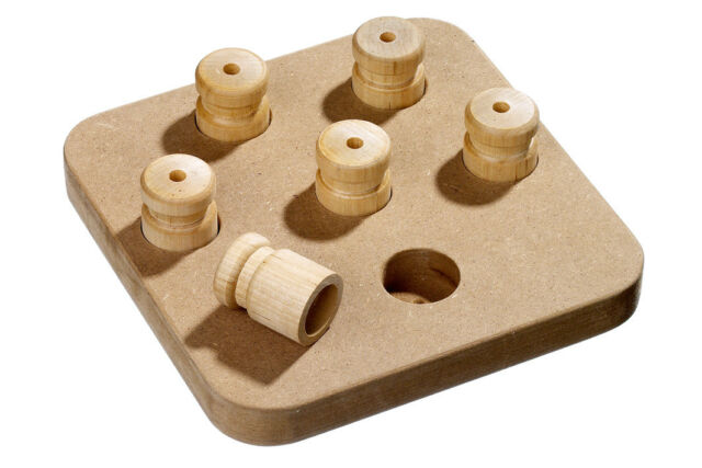 Karlie Brain Train Chess Holzspielzeug für Hunde 18 cm