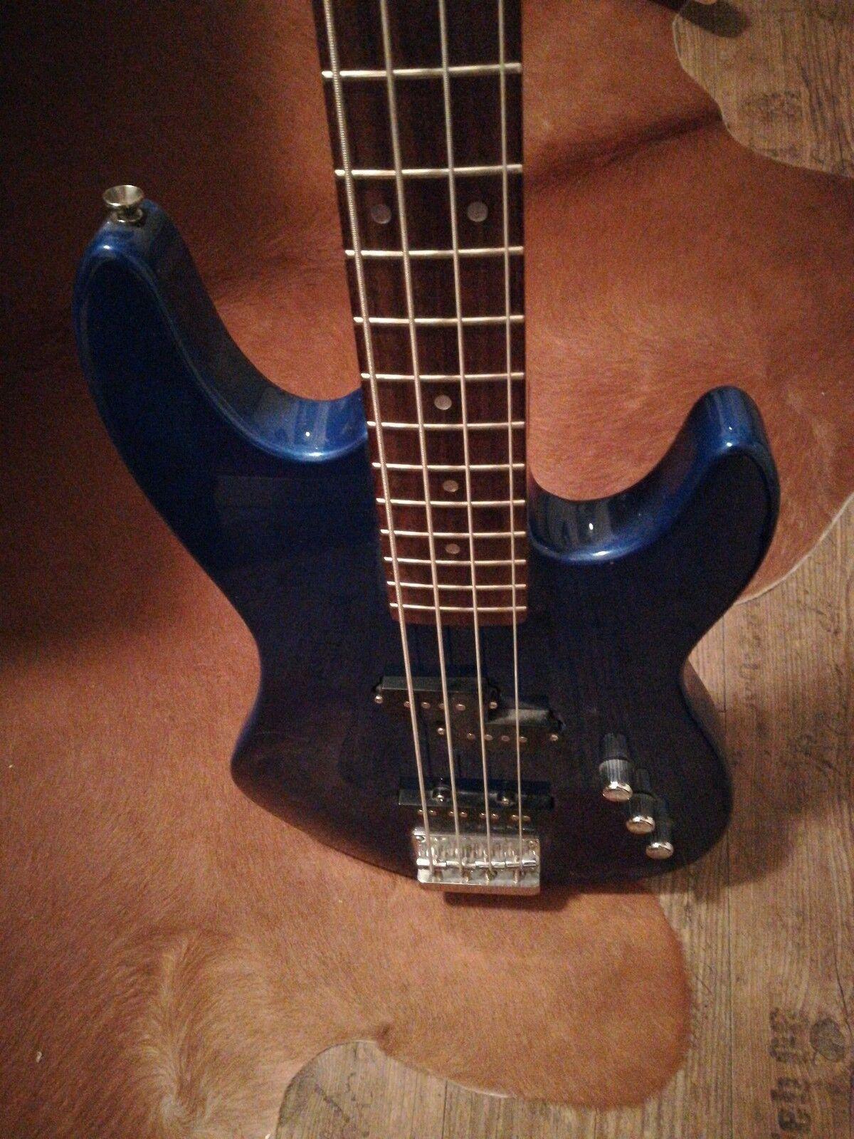 Schwerer E-Bass ARIA STB- Series, 4-Saiter, Longscale, 24 Bünde