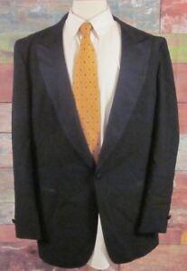 4d32d659bb9 YSL Yves Saint Laurent Tuxedo Jacket Size 44 L Short Formal Dinner ...