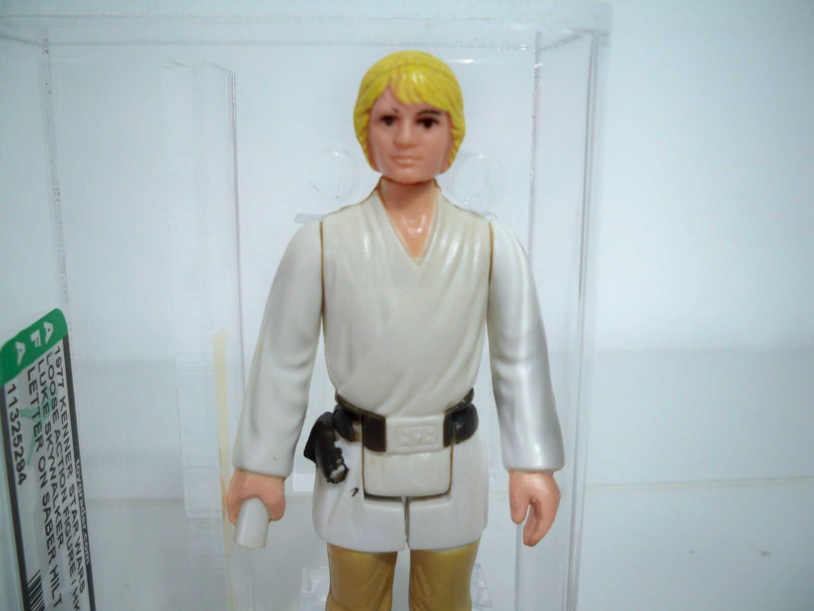 D0500651 LUKE SKYWALKER AFA 75 NM Estrella WARS 1977 KENNER LETTER ON SABER HILT