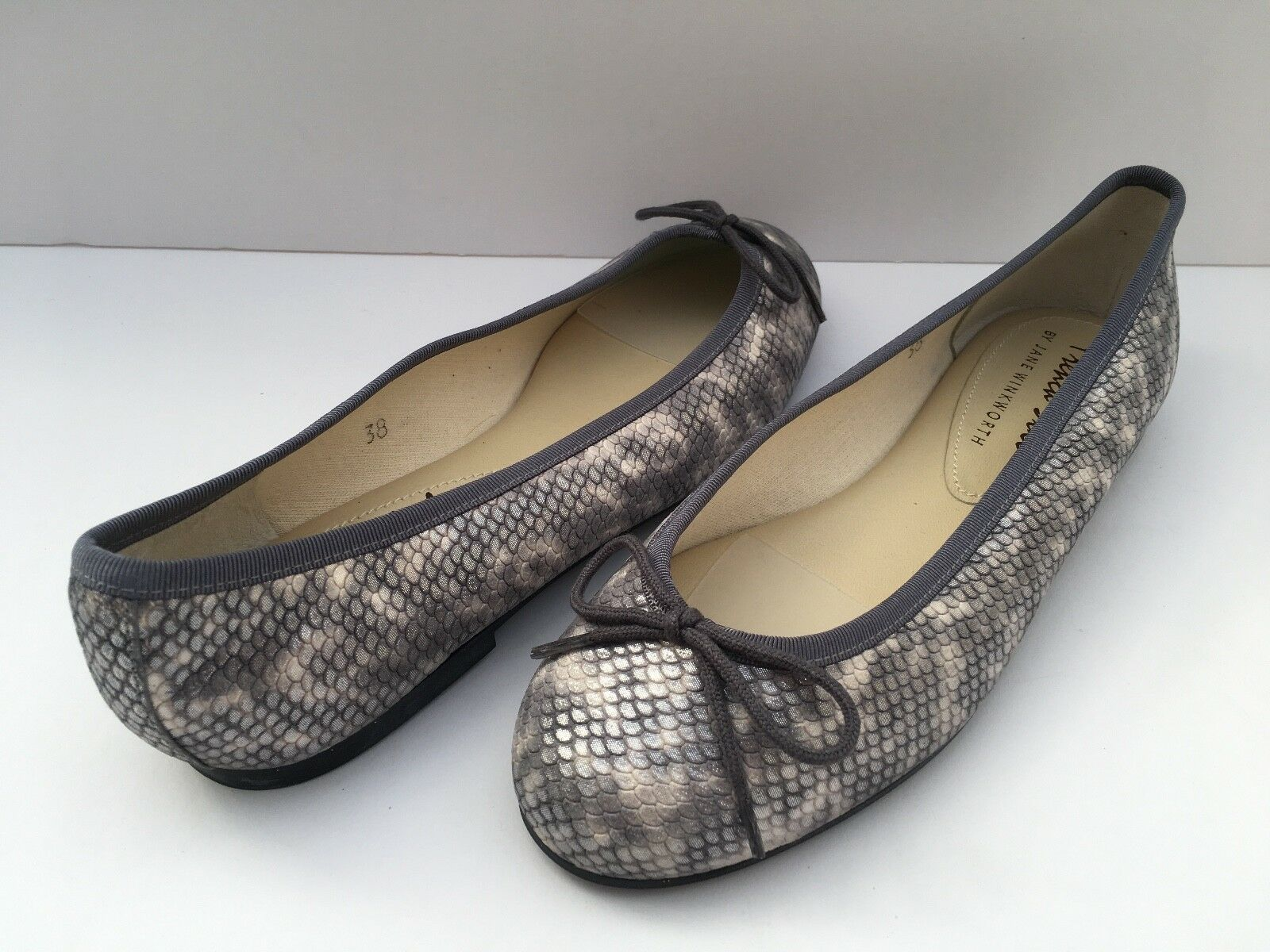 FRENCH SOLE JANE WINKWORTH HENRIETTA gris FISHSCALE SUEDE PUMPS Taille UK 5 EU 38