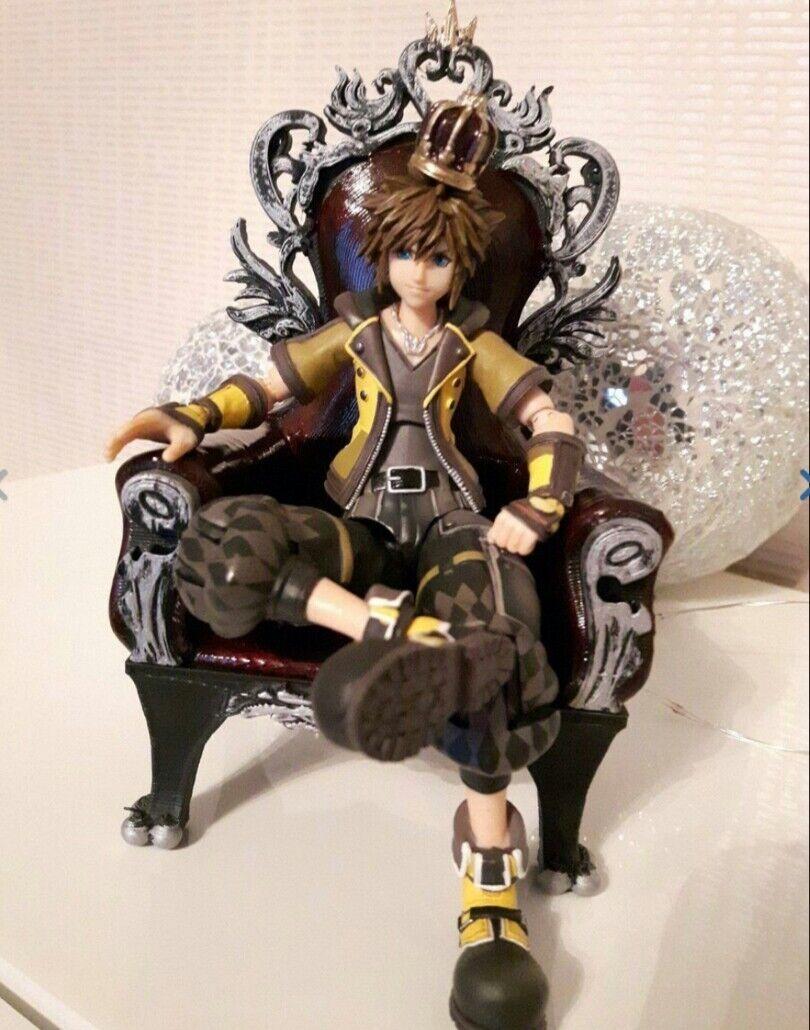 READ DESC     throne+crowns for kingdom hearts 3 bring arts sora NO FIGURE INCL  21a1d0