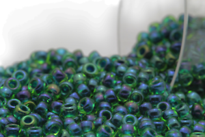 Miyuki Round Rocailles 11//0 Inside Dyed Deep Green Luster Seed Bead RR-332