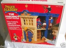 #2522 RARE NIB Vintage Kenner Police Academy The Precinct Police Station Playset
