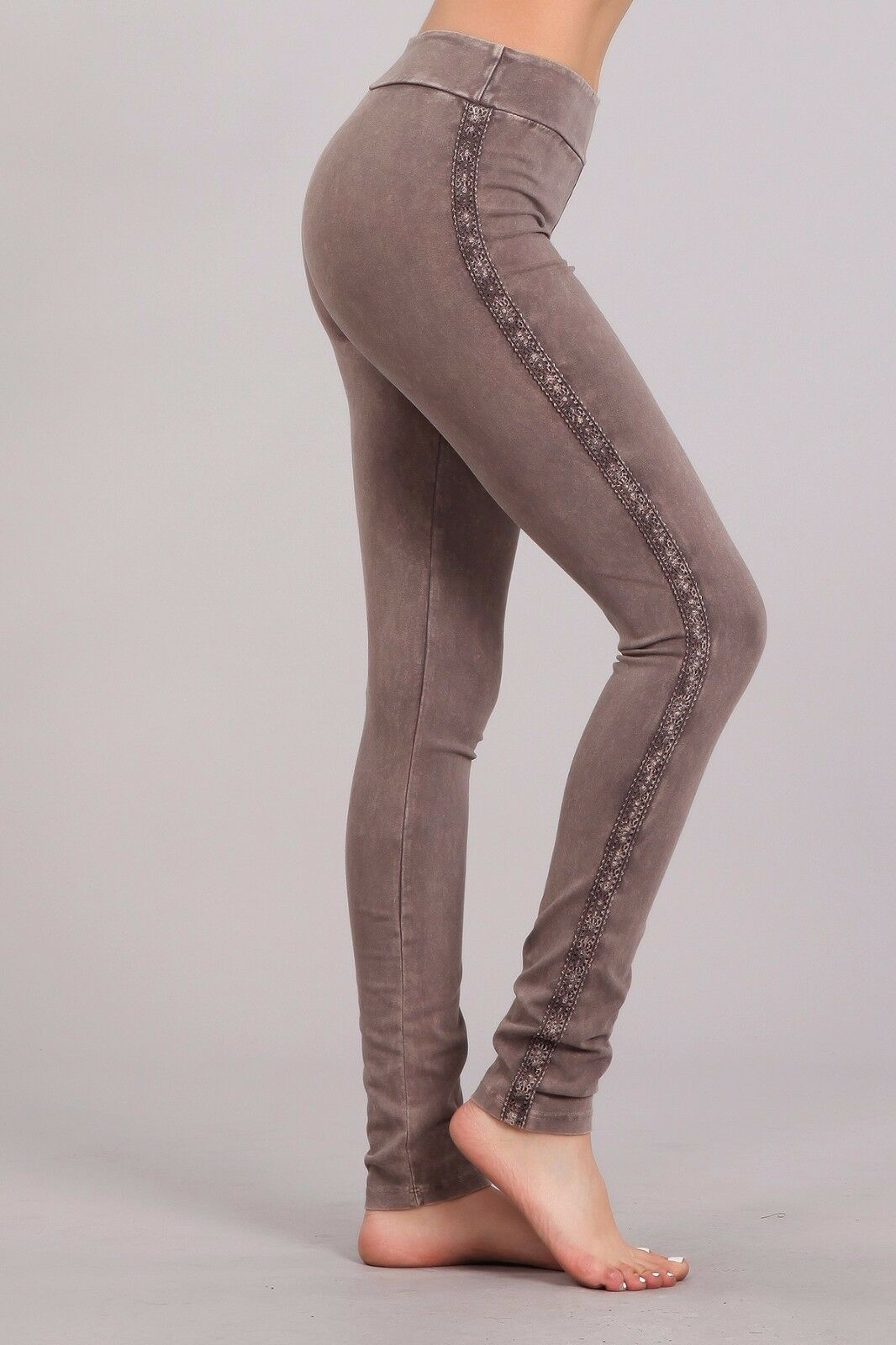 BOUTIQUE Chatoyant Jeggings Leggings with crochet accents side Taupe New M MED