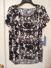 NWT Women's Simply Vera by Vera Wang Black & White T-shirt Size Large - MSRP $36