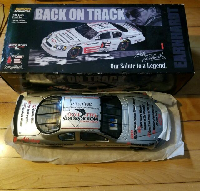 Dale Earnhardt Hall Of Fame Car 1 18 Scale