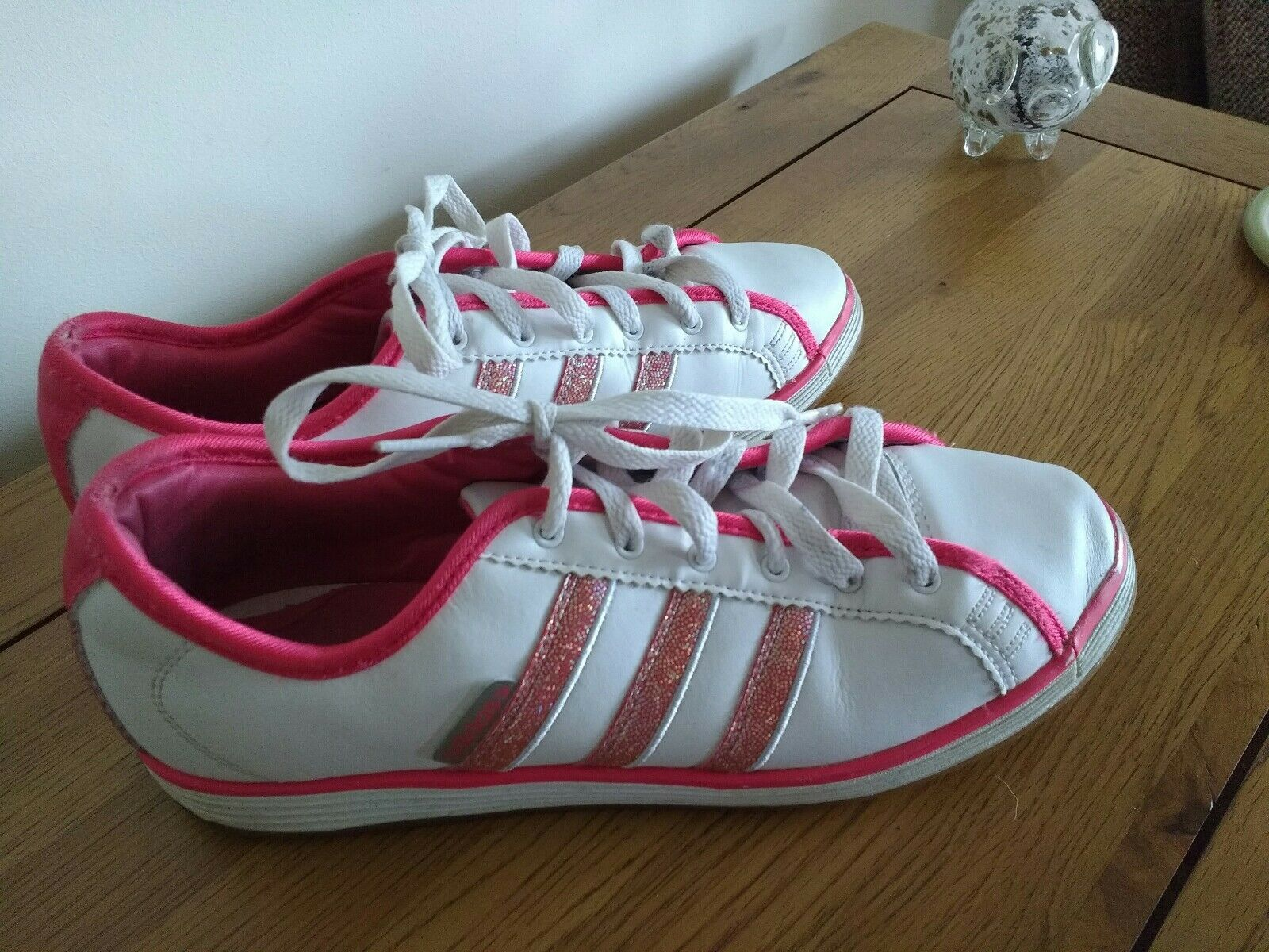 Adidas plimsolls  . trainers uk 6 EU 39 white leather pink glitter stripes