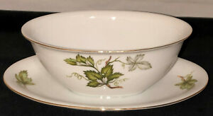 Japan-PRINCESS-CHINA-WOODSONG-GRAVY-BOAT-W-ATTACHED-LINER-PLATE