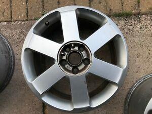 GENUINE-OEM-AUDI-A4-S4-B6-B7-17-034-6-parle-de-rechange-roue-en-alliage-8E0601025J-se-TDI