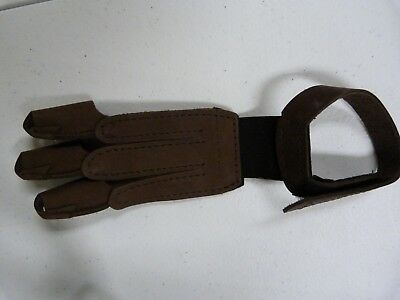 Martin Archery LEATHER 3-Finger SHOOTING GLOVES #2280 New  Small  Brown SALE