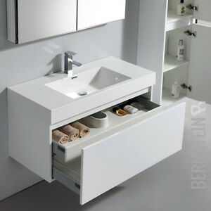bernstein design badm belset badm bel waschbecken set a 1000 spiegelschrank wei ebay. Black Bedroom Furniture Sets. Home Design Ideas