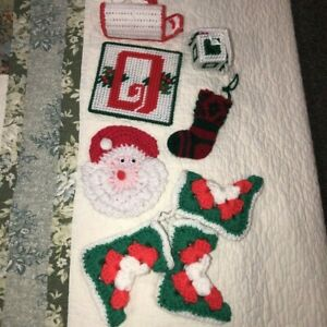 Lot-of-8-Vintage-Hand-Crocheted-Christmas-Ornaments-Stockings-Birdhouse-Mailbox