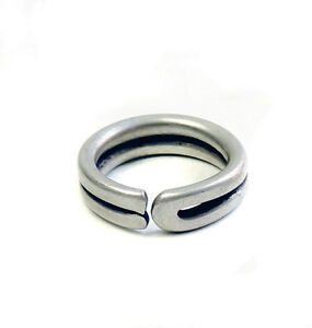 Antique unisex minimalist silver ring from Ethiopia EJ17