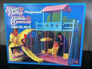 Mattel-PARCO-GIOCHI-Playground-per-Bambola-Famiglia-Cuore-Heart-Family-MIB-1985