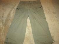 Women's Caribbean Joe Cargo Cropped Capri Pants 70% Cotton 30% Nylon SZ 12 Khaki