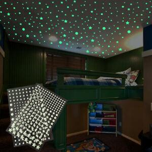 Stelle o puntini fluorescenti fosforescenti adesive che si illuminano al buio