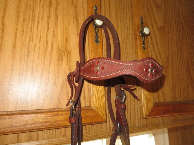 LEATHER HEADSTALL BRIDLE HORSE CHESTNUT W   LEATHER SIDE CONCHOS  RED CRYSTALS  hot