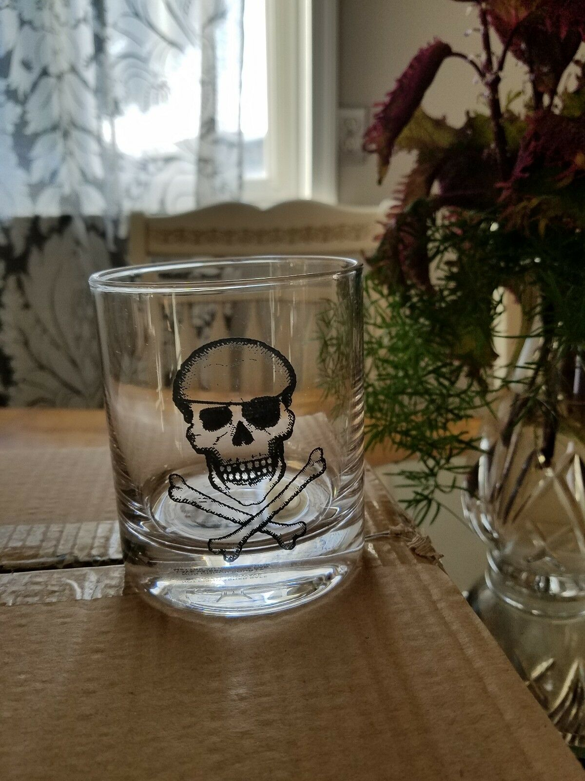 Pottery Barn Skull & Crossbone Double Old Fashioned Glass Set 4 pirate Halloween