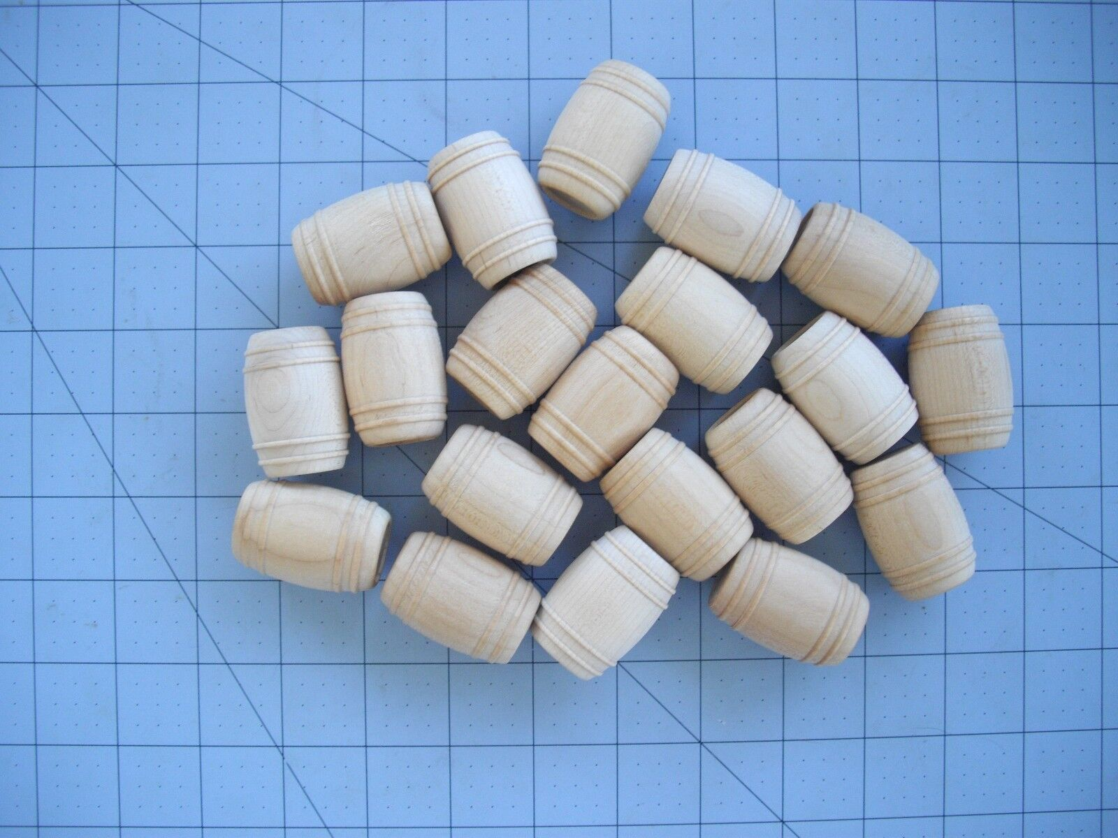 20 Toy Wooden Barrels Solid Natural Unpainted Wood 1 1 2  Tall Hobby Crafts