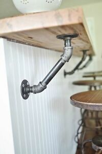 PAIR-OF-INDUSTRIAL-PIPE-BRACKETS-Heavy-Iron-Shelf-Support-Triangle-Version