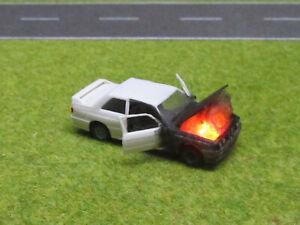 1-87-BMW-M3-E30-H0-Motorbrand-LED-12V-Feuer-Laser-Cut-Patina-12