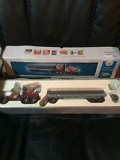 2000 Corgi Texaco Pipeline Truck and trailer NIP  Diamond T980 Wrecker & Trailer