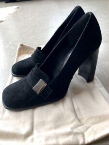 NEW-Authentic-Womens-GUCCI-Black-Pumps-Heels-Silver-Gucci-Plaque-Size-36C